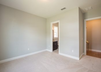Lot 5 staged interior LoRes-003